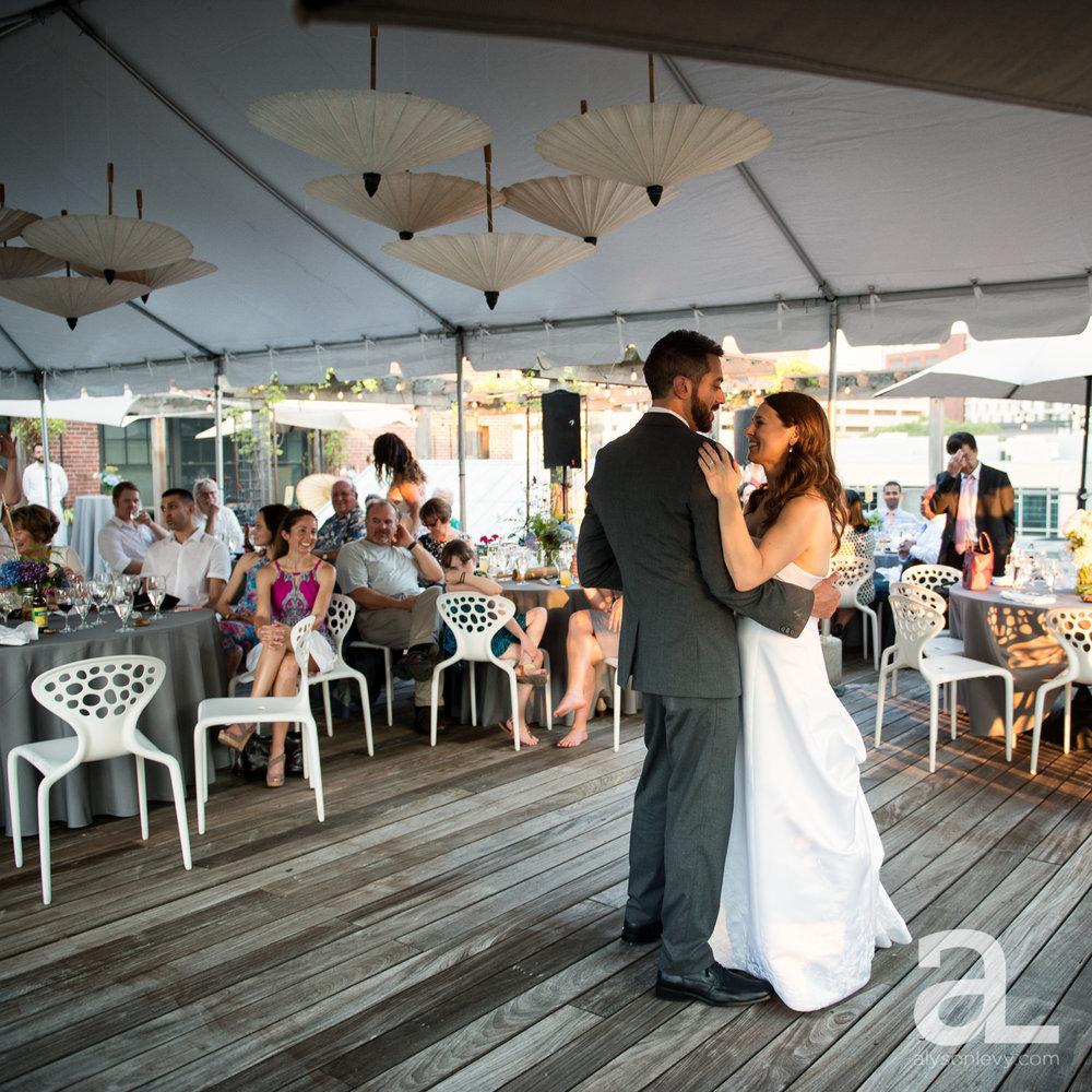 DeSoto-Rooftop-Portland-Wedding-Photography-045.jpg