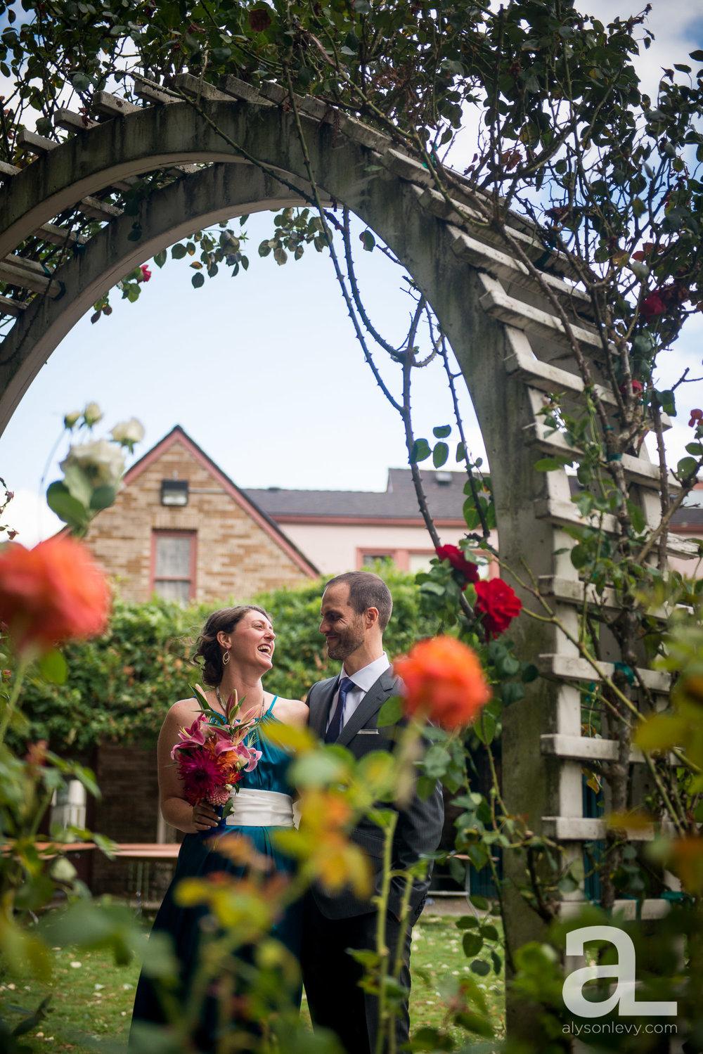 Overlook-House-Portland-Wedding-Photography-002.jpg