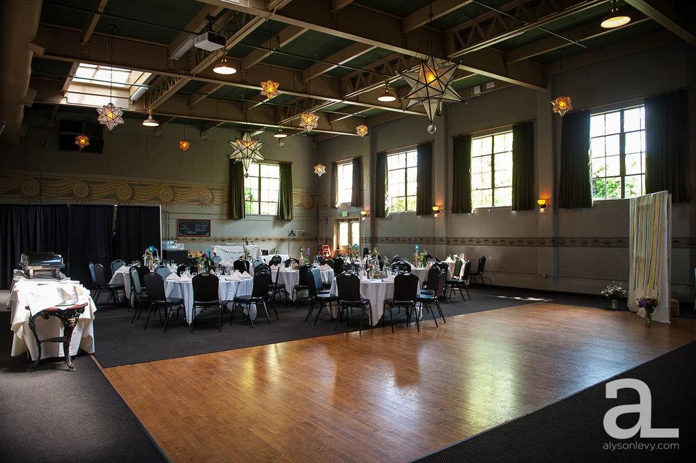 Kennedy-School-Portland-Wedding-Photography-027.jpg