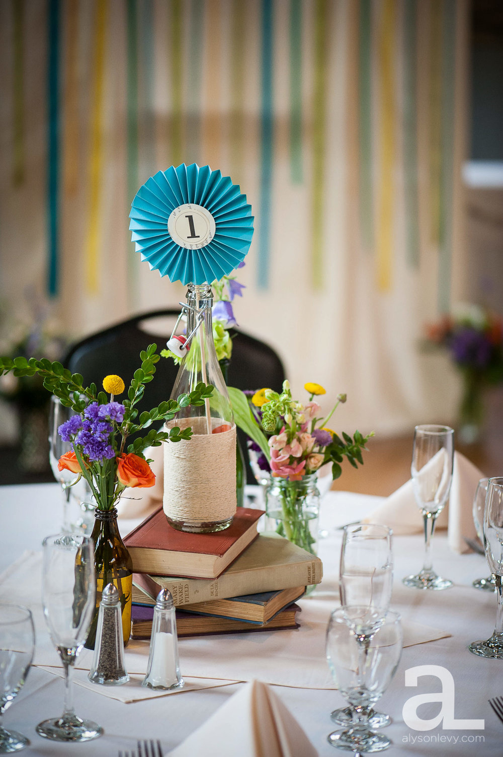 Kennedy-School-Portland-Wedding-Photography-031.jpg
