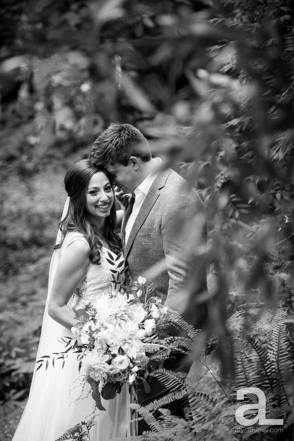 Leach-Botanical-Garden-Portland-Wedding-Photography-004.jpg