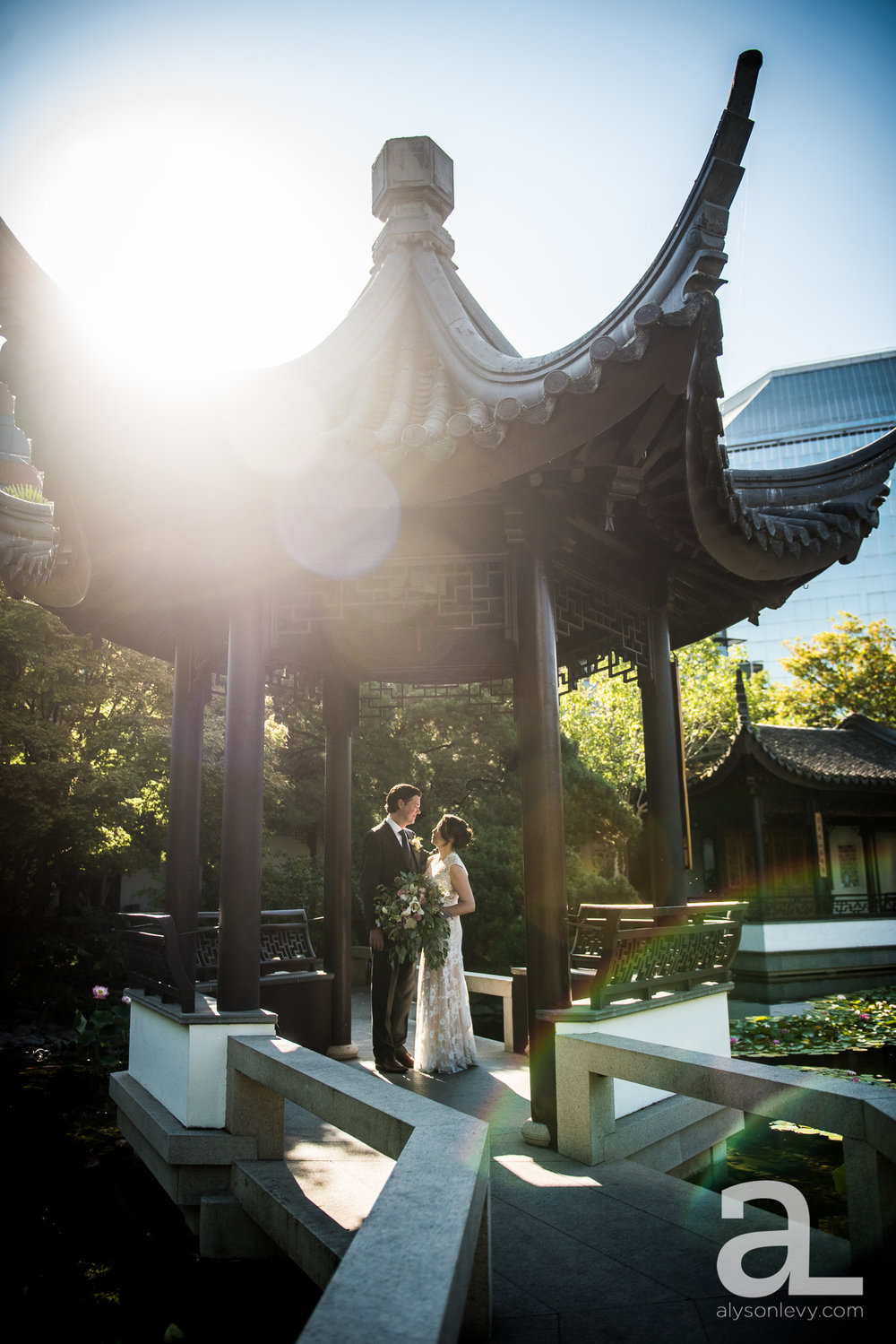 Lan-Su-Portland-Wedding-Photography-010.jpg