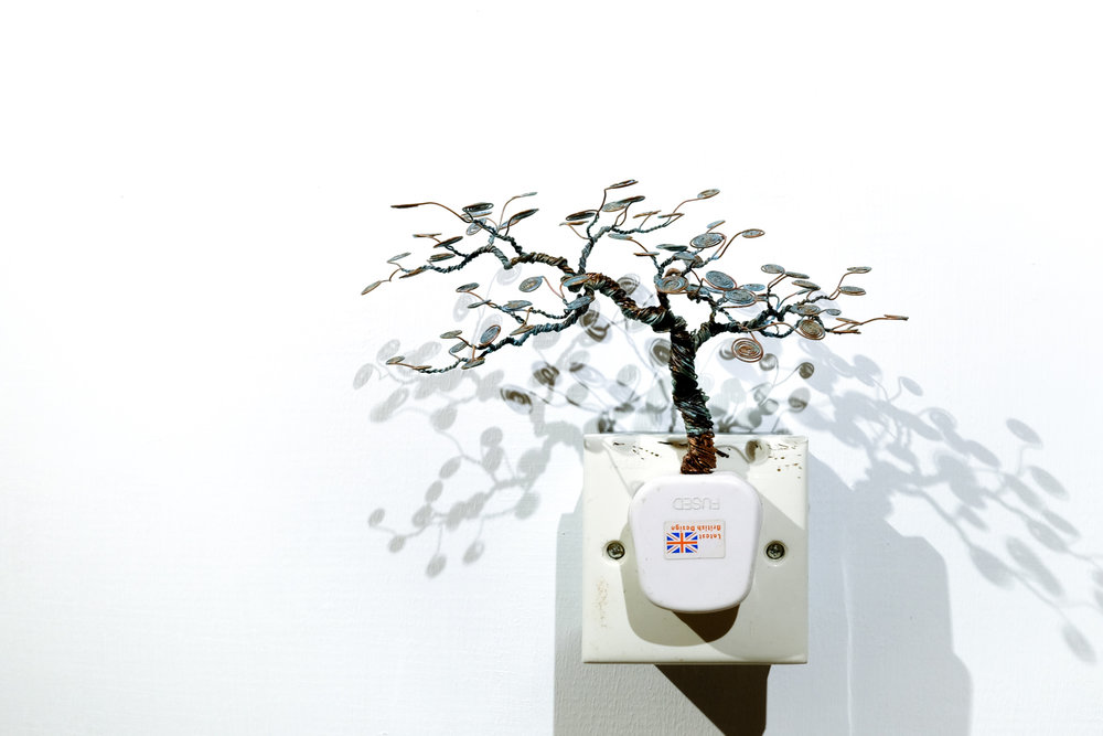 銅樹 之十六  Socket Tree XVI
