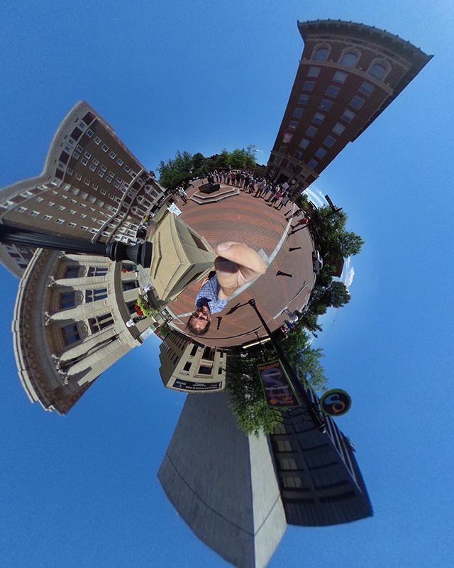 Blue skies for days in #yeahthatgreenville  #tinyplanet #lifein360