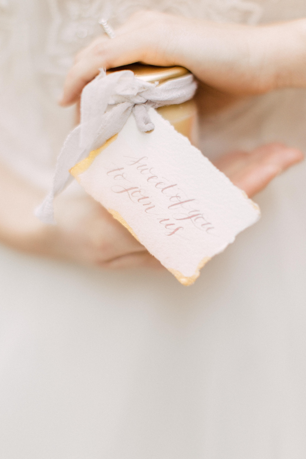 Calgary Banff Wedding Calligrapher Debbie Wong favor tag.jpg