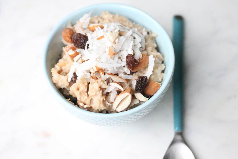 Warm, sweet caramel oats. Yum!