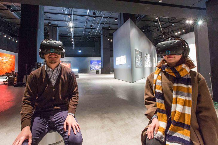 Zaha-Hadid-exhibition-VR-730x487.jpg