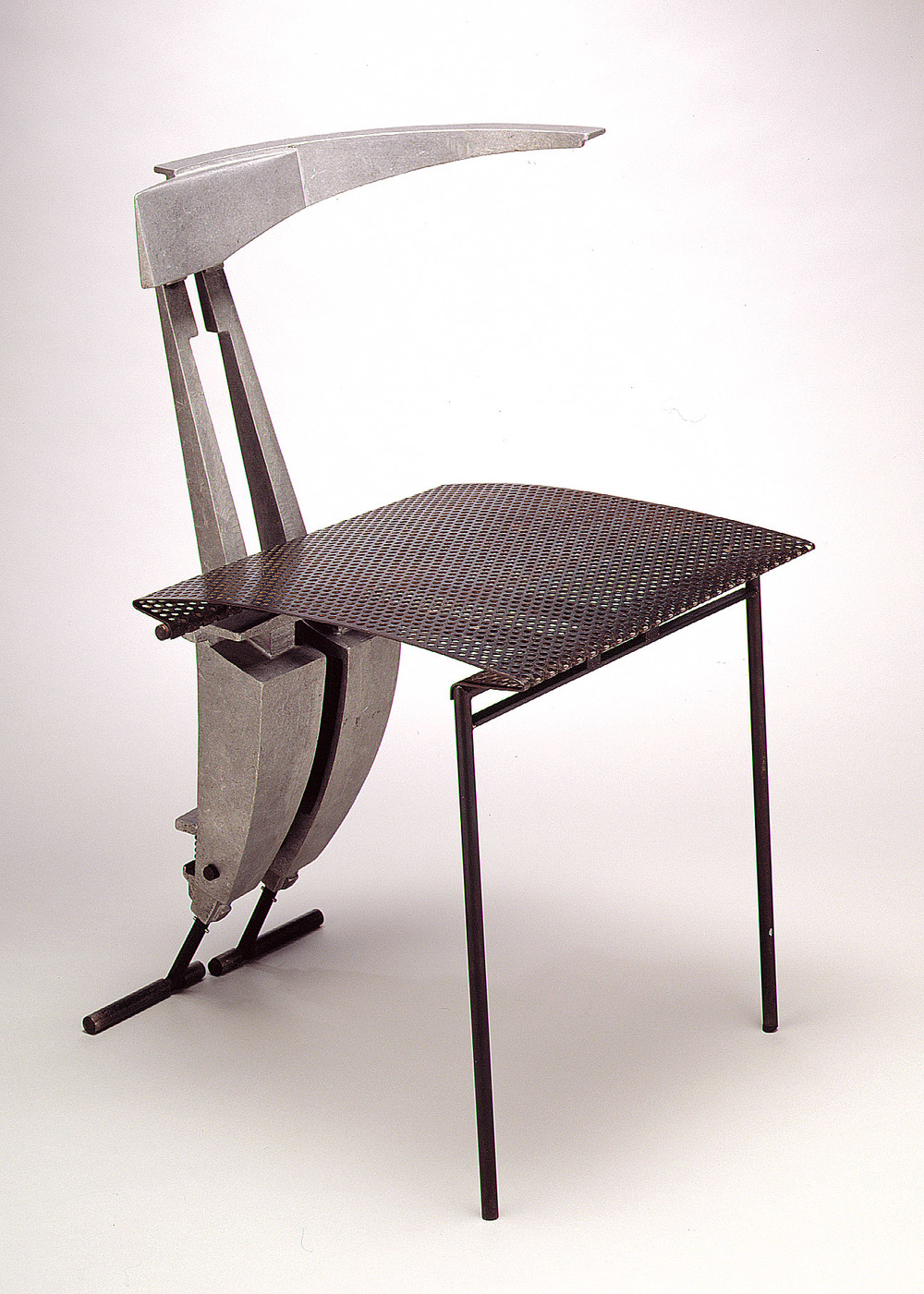 Nee Chair with Morphosis