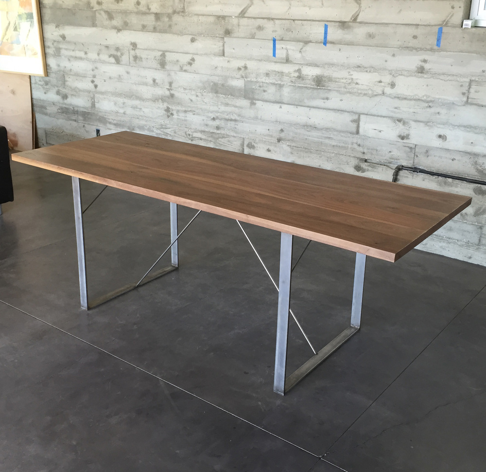 Twinridge Table