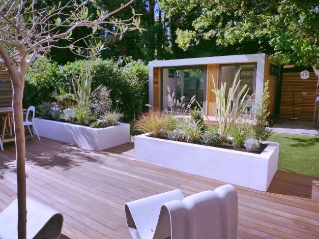 aménagement paysager laval cour zen plantes et bois naturel