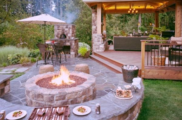 aménagement paysager laval cour sectionnelle pavé feu patio bois salon extérieur.jpg