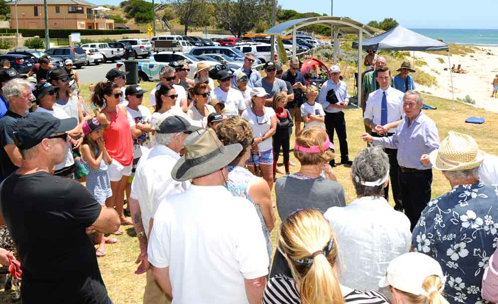 Zak Kirkup and then Premier Colin Barnett meet with local residents.
