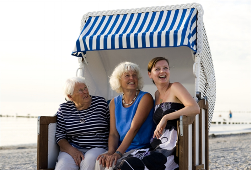 Marike Frick - mit Mutter und Oma auf Dienstreise