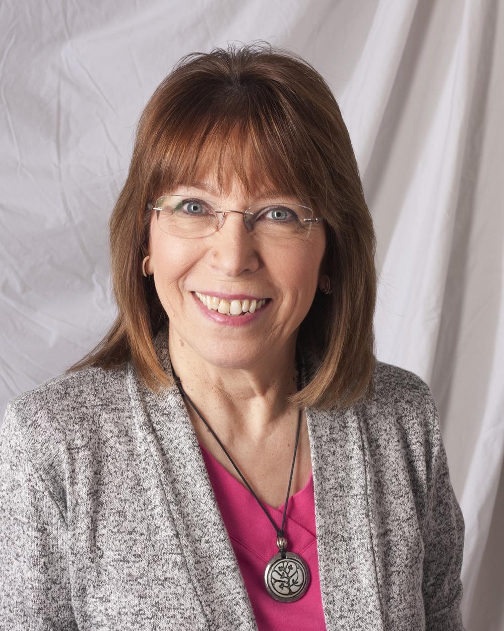 Nancy Davidson, stoneware artist