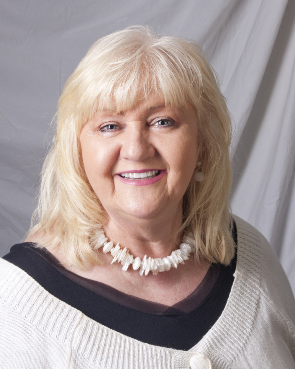 Teresa Koszykowski, jewelry artist