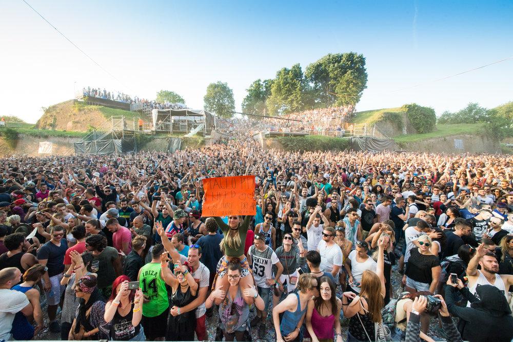 atmoshpere-dance-arena--exit-festival-2016_27913819140_o.jpg