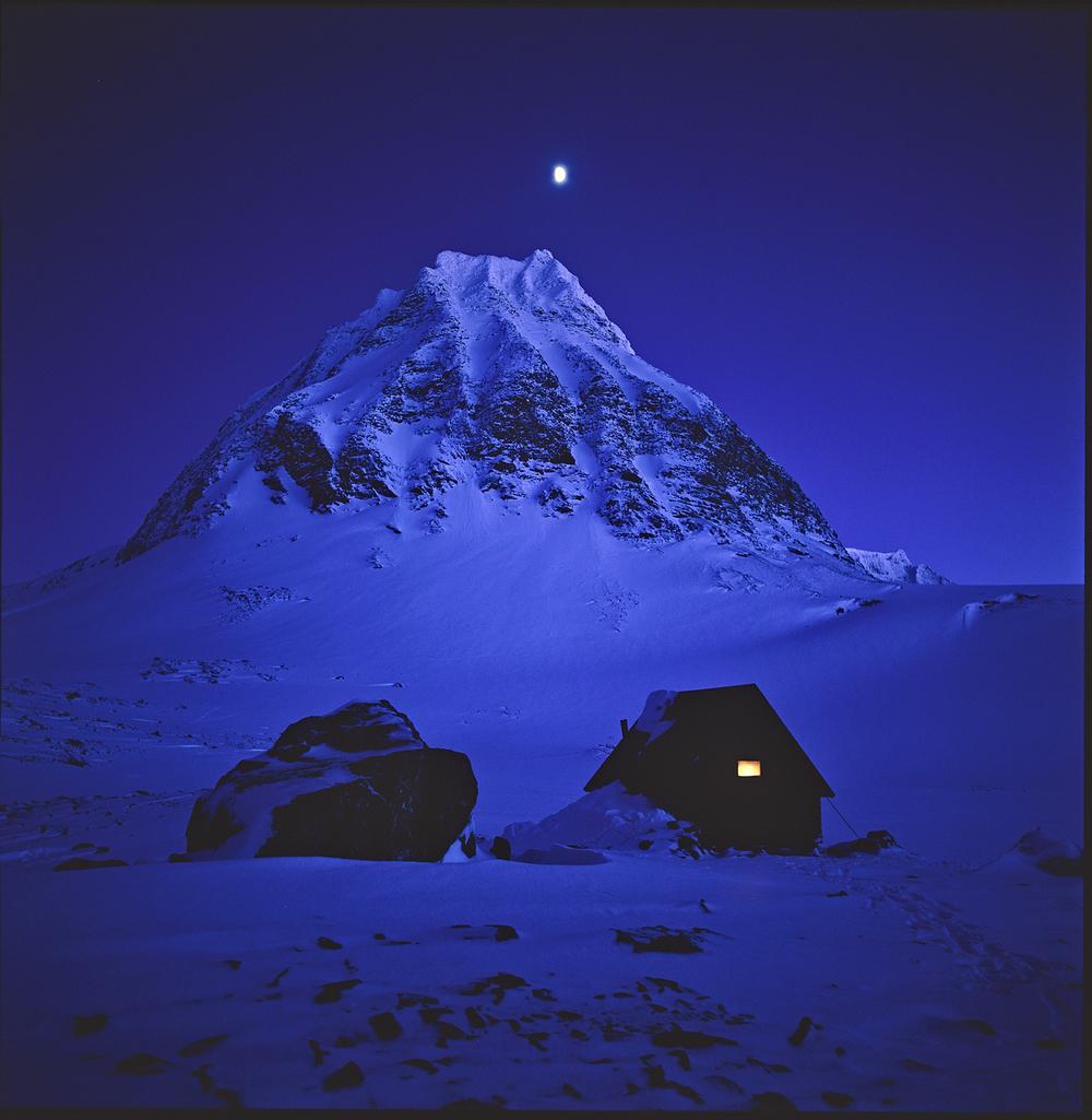 Unna-Räitavagge-Måne-Stuga-Pyramiden-199504-On-DynC-1500px-KN.jpg