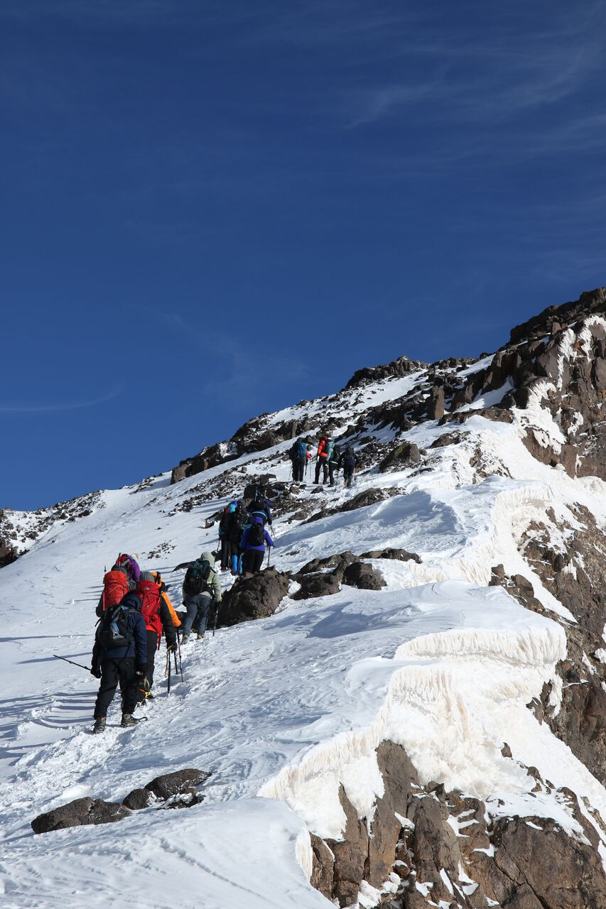 1802%20Toubkal_0853_preview-up the mountain.jpeg.jpg