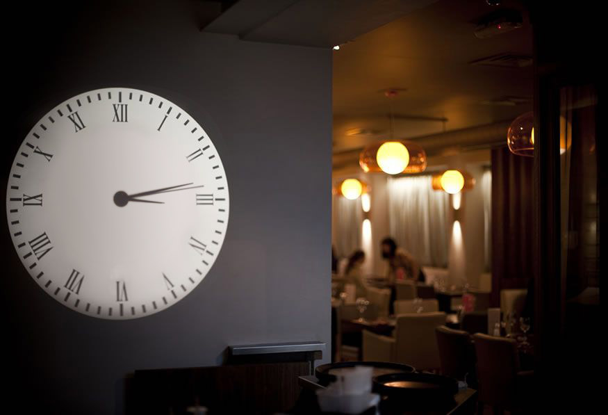 Clock Projection, Restaurant