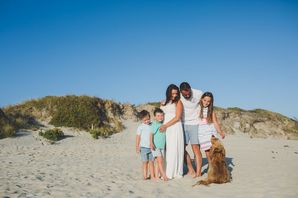 11eb8727bf knelly design + photography — McCosh family beach bump session