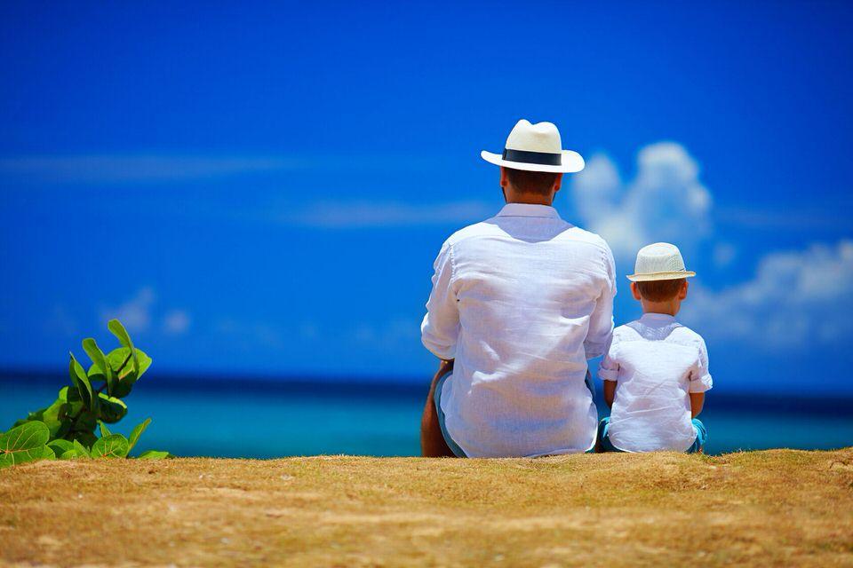 Kinder lernen am Modell! Daher hinterfrage, ob du selber glücklich bist. Nur dann kannst du Glück auch weitergeben.