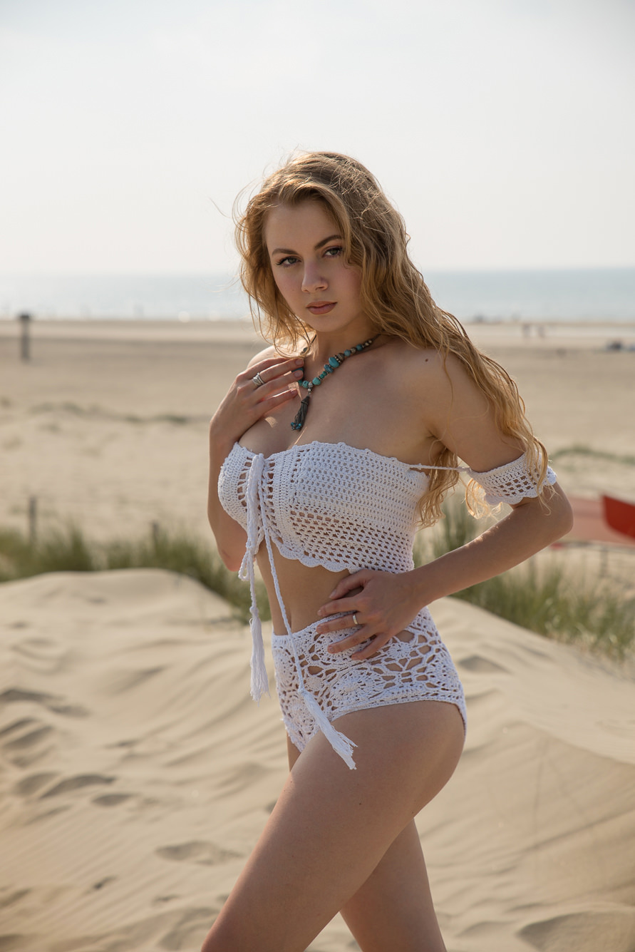 zaful white swimsuit.jpg