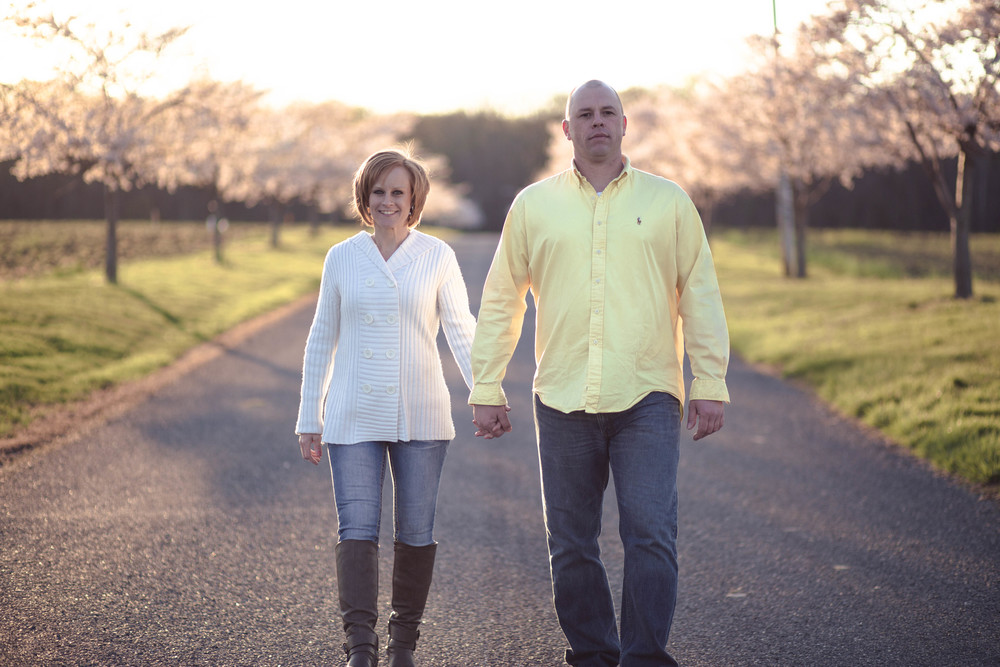 Engagement style shoot in Havre de Grace, Maryland at Swan Harbor Farm.