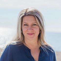 Leanne Cabral