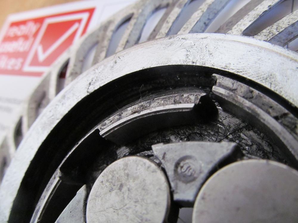 roller brake insides 002.JPG
