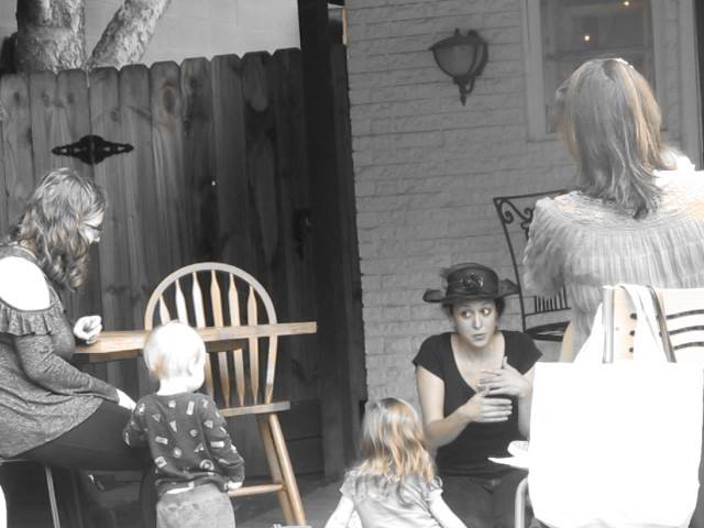 French to Music Classes at Brentwood Social House