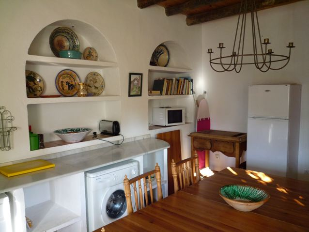 The eat-in kitchen, Casite de Platero self-catering cottage