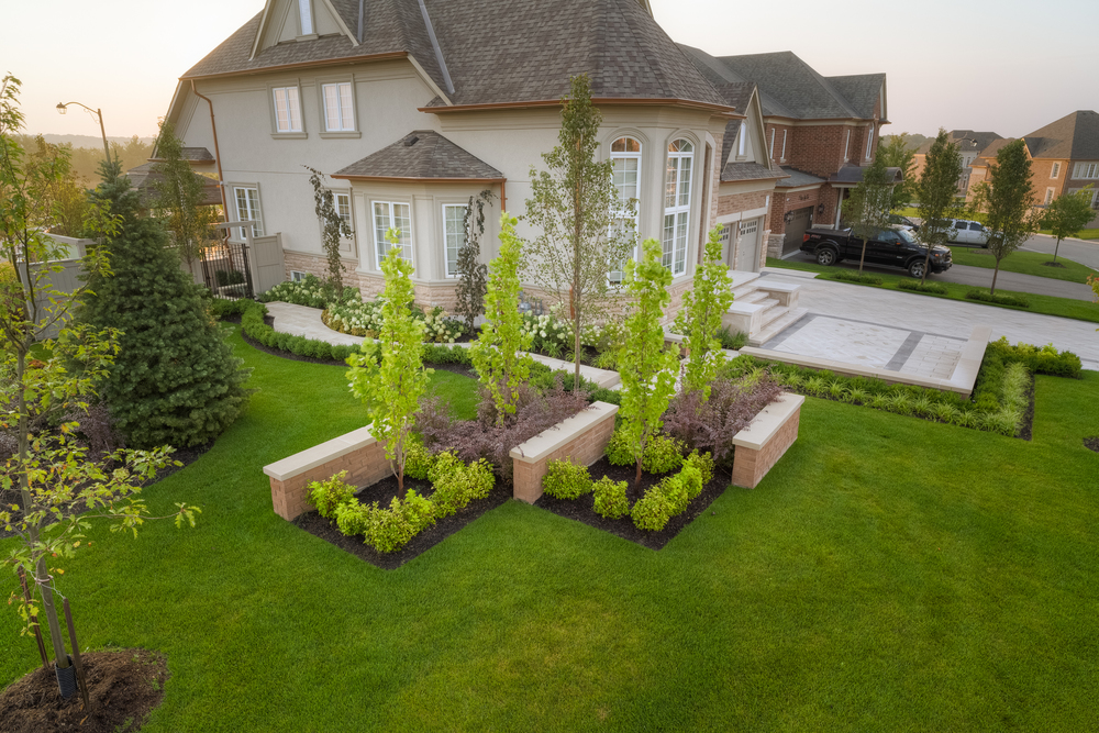 Landscape design and build contemporary elegance darsan for Landscape design ontario