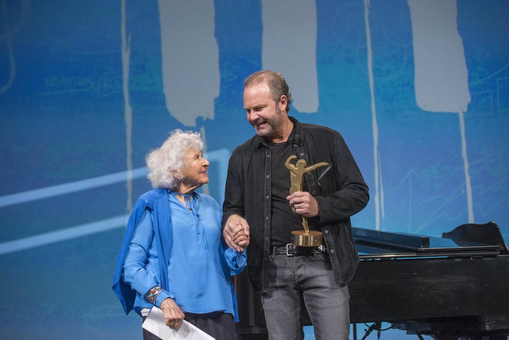 Sweet moment with Deborah Szekely and Grammy-nominated singer/songwriter John Ondrasik AKA Five for Fighting