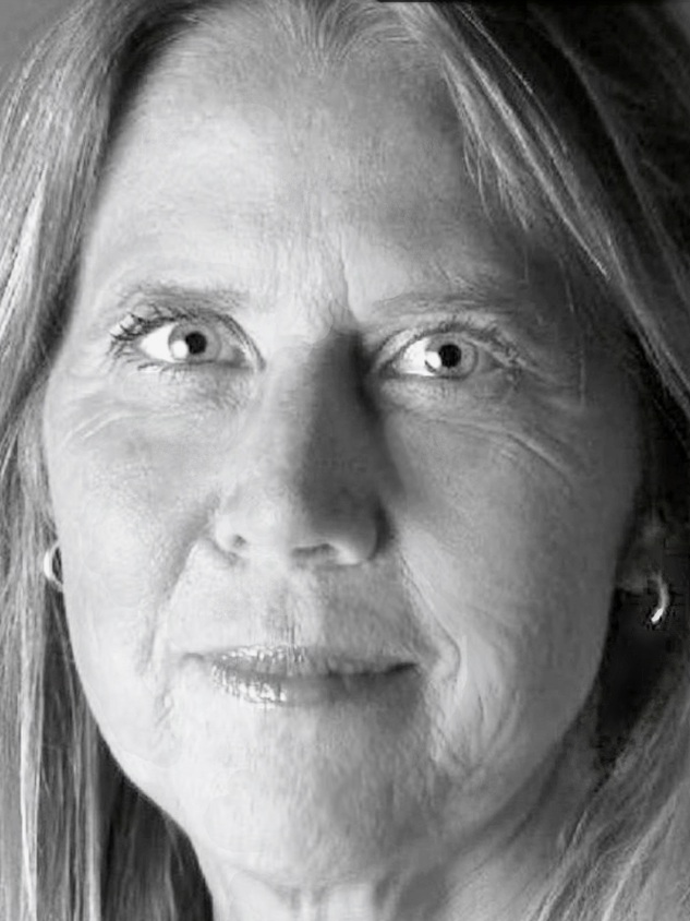 Carol-Piersol-headshot.jpg