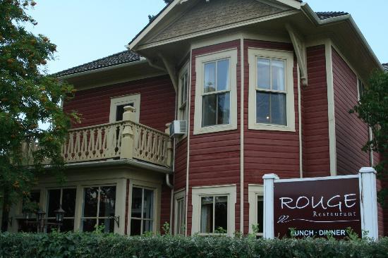 2. Rouge Restaurant  -