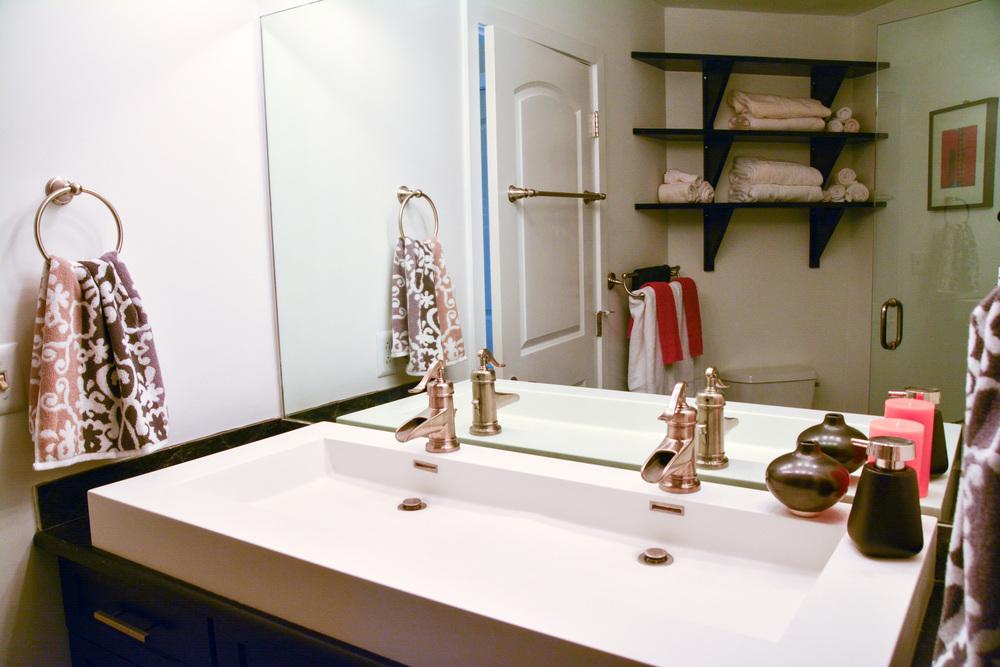 9D-bath2_sink.jpg