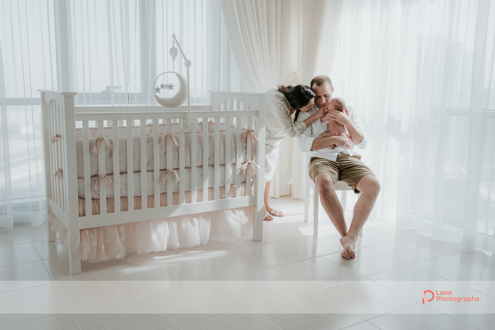 Lana-Photographs-Dubai-Family-Photographer-Noura-38.png