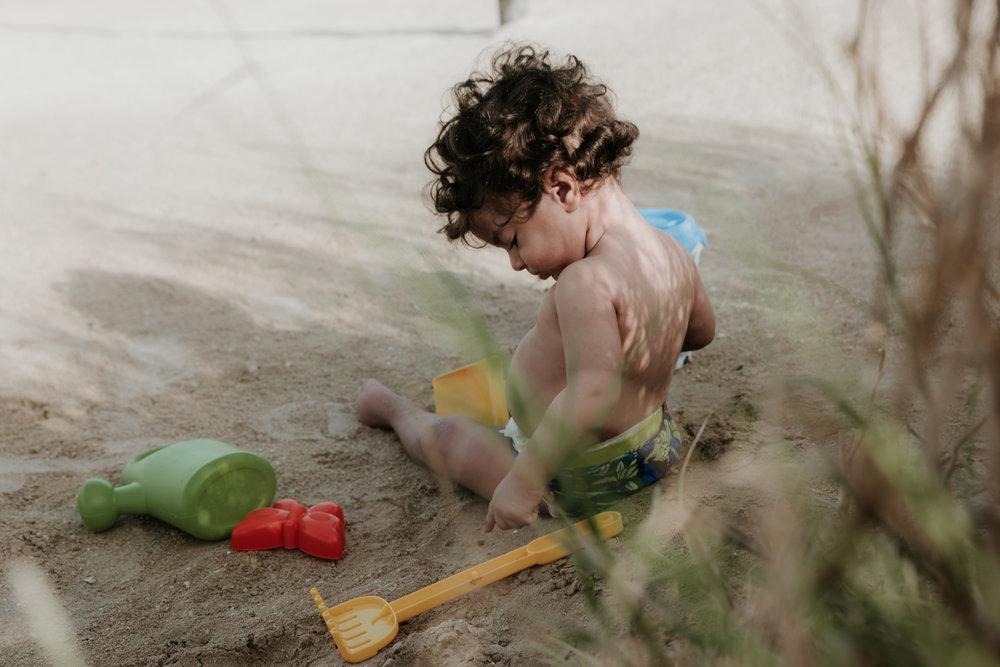 Lana-Photographs-Dubai-Family-Photographer-Zainab-LR-14.jpg