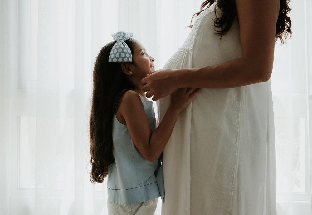 Lana-Photographs-Dubai-Maternity-Photographer-Thuraya-PSLR-06.jpg