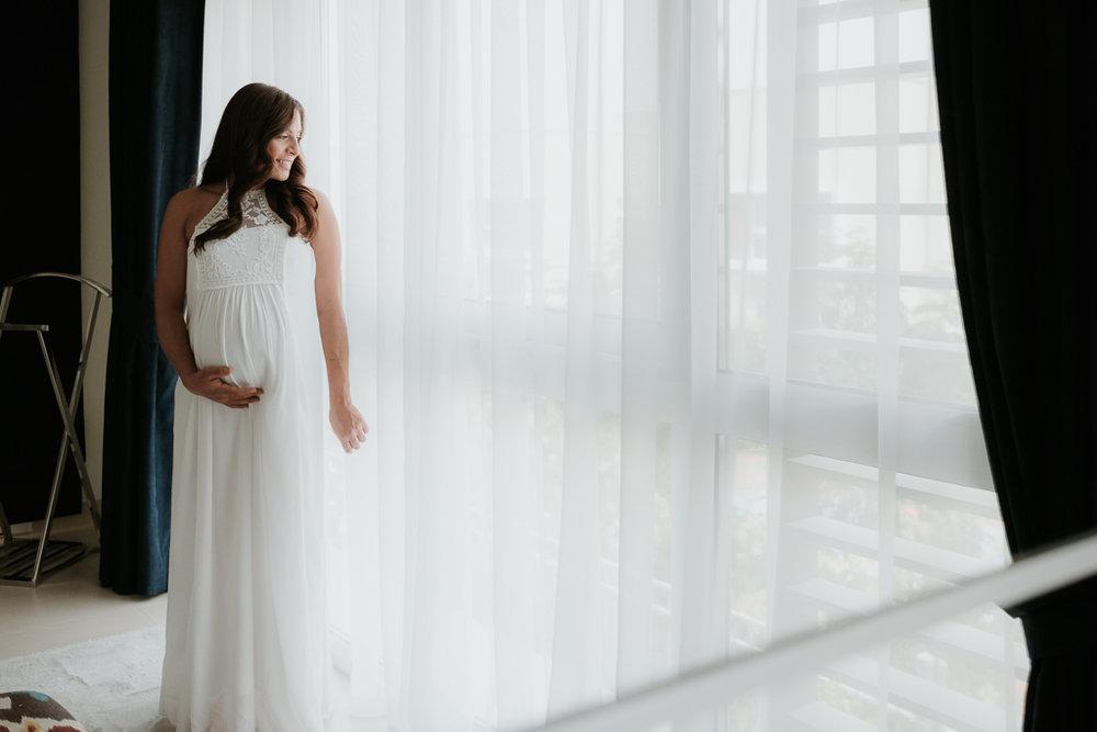 Lana-Photographs-Dubai-Maternity-Photographer-Thuraya-PSLR-08.jpg