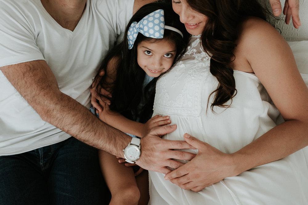 Lana-Photographs-Dubai-Maternity-Photographer-Thuraya-PSLR-19.jpg