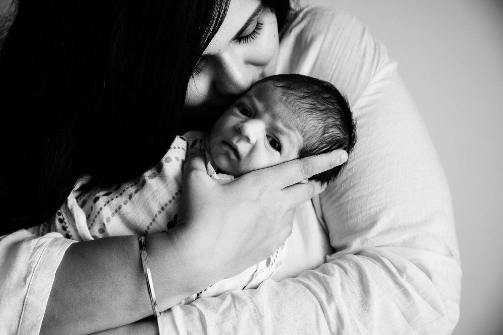 Lana-Photographs-Dubai-Newborn-Photographer-Sanam-SP-05.jpg