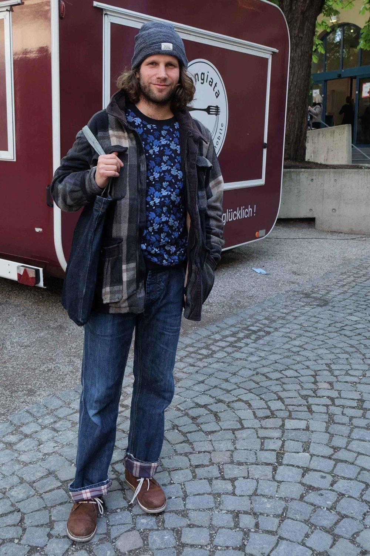 Frank, 36