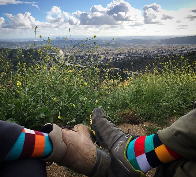Fueled for a post-rain hike above Glendale with a hole shot to downtown Los Angeles. 👋🏽 . #fuelsocks #hike #scenicoverlook #downtownlosangeles #glendale #notatmydesktoday #losangeles_city