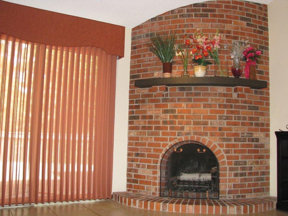 Kitchen fireplace 2.jpg