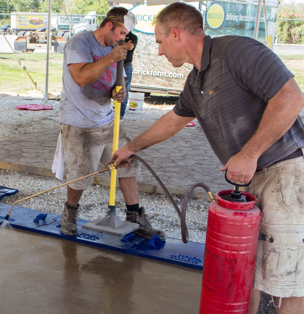 Liquid Release Is A Colorless Designed For Use With Texture Mats And Stamps It Forms Lubricating Barrier Between The Tool Concrete