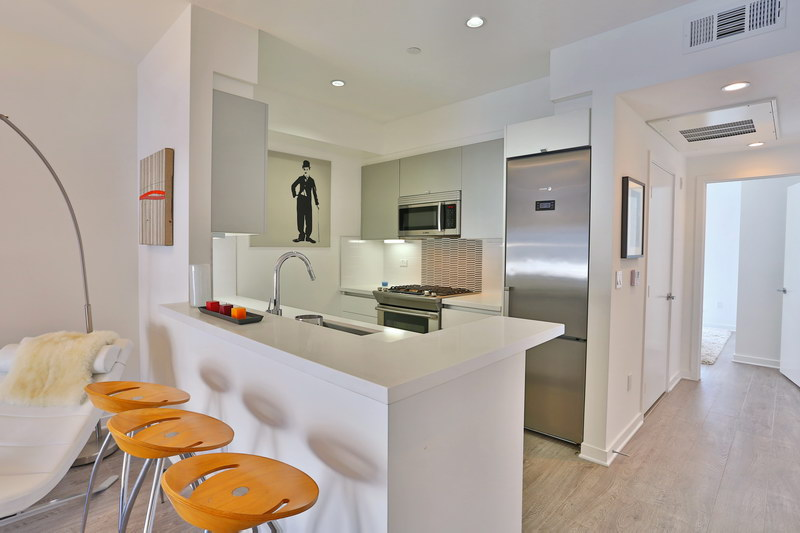 11776 Idaho Ave Unit 402 Los Angeles - 007.JPG