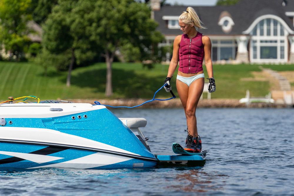 Varatti_Female_Surfer-1024x683.jpg