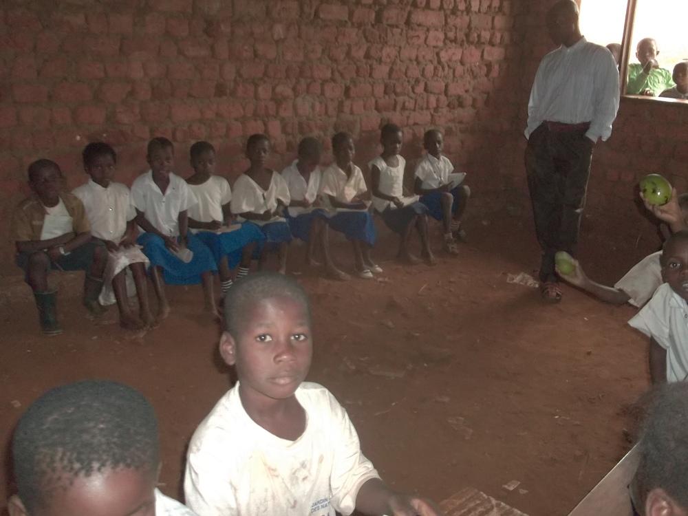 schoolroom DRC.jpg