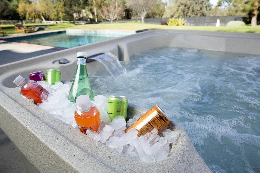Freeflow Excursion Hot Tub - Ice Bucket